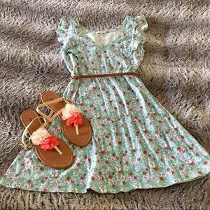 Adorable Floral Dress - Summer/Spring